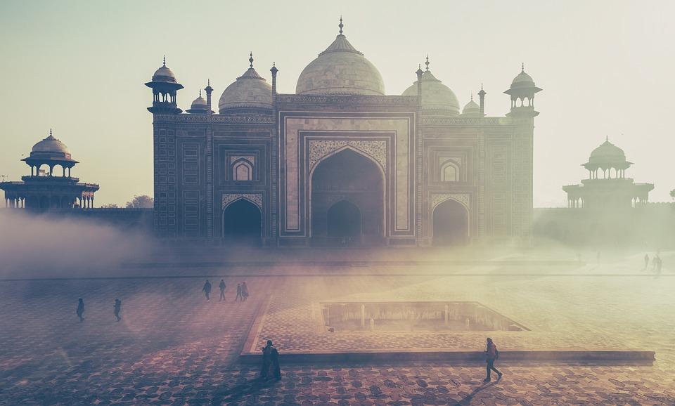 Vue sur le temple du Taj Mahal en Inde